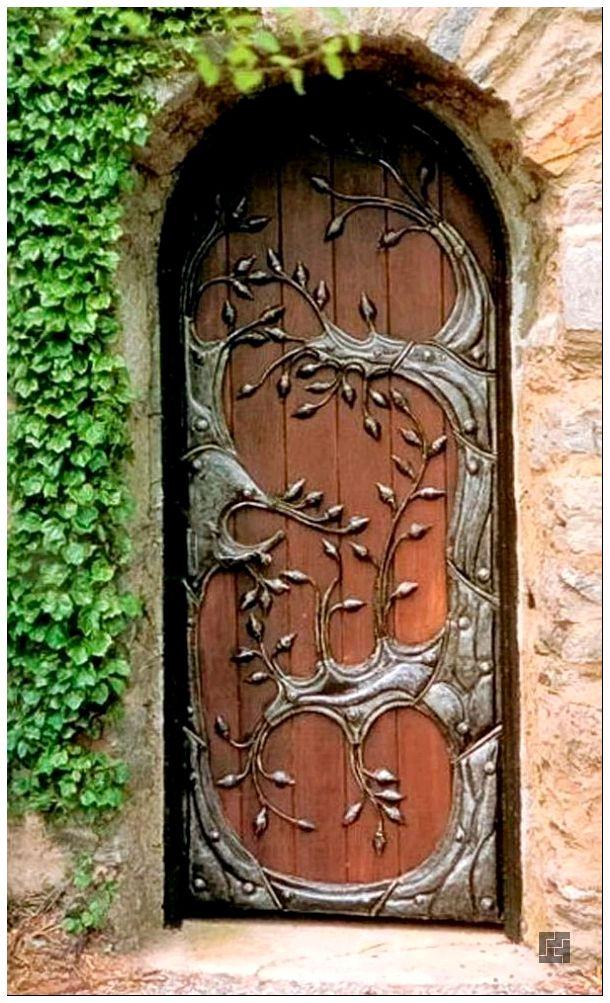 Декор для входной двери своими руками 87
