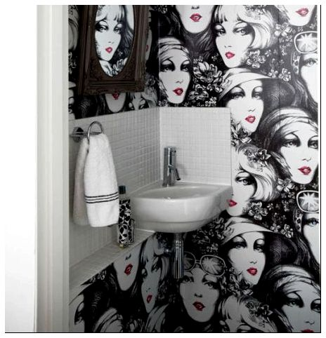 bathroom-with-wallpaper-31