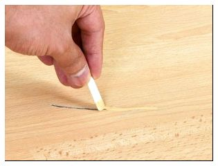 Как избавиться от царапины на ламинате в домашних условиях 139