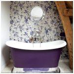 20 Примеров ванных комнат с обоями на стенах