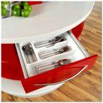 Круглая компактная кухня для экономии пространства