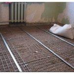 Секрет прочного и долговечного пола: применение сетки для стяжки