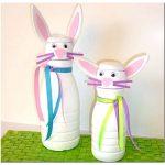 Симпатичный заяц из пластиковой бутылки