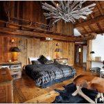 Особенности дизайна интерьера спальни в деревянном доме