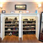 Шкафы для обуви или преобразование прихожей