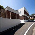 Оригинальный многоугольный дом house d polygon от architect show co. в сага — игра объёма и пространства
