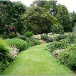 Восхитительная мозаика цветочного партера в старинном английском парке