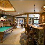 Превосходные дизайнерские решения для обустройства великолепной бильярдной комнаты отдыха