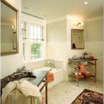 8 Фото аксессуаров в интерьере ванной комнаты — традиционный стиль