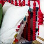 Интересный дизайн интерьера детской спальни для двух девочек – грамотное оформление сглаживает противоречивое восприятие мира у разновозрастных детей