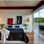 Дома бразилии: картинная галерея в частном особняке от denise macedo arquitetos associados