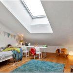Прекрасный интерьер квартиры-дуплекс в скандинавском стиле вдохновляет спокойную и гостеприимную атмосферу