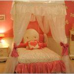 Люстры и светильники для детской комнаты — советы по выбору (94 фото)