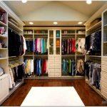 Гардеробные комнаты — 30 примеров с фото