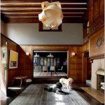 Потрясающий интерьер столовой 19 века с работами энди уорхола – творения знаменитого художника привносят стильную динамику в классический стиль помещения