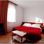Дизайн спальни 10 кв.м — 30 фото