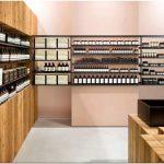 Оригинальный дизайн магазина омолаживающей косметики aesop в стиле японского минимализма
