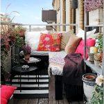 Как создать оригинальный и интересный декор маленького балкона?