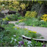Очарование садов в природном стиле: принципы дизайна beth chatto