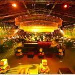 Яркий дизайн румынского ночного клуба fratelly studio