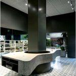 Привлекательный интерьер в магазине aesop, сан-паулу, бразилия
