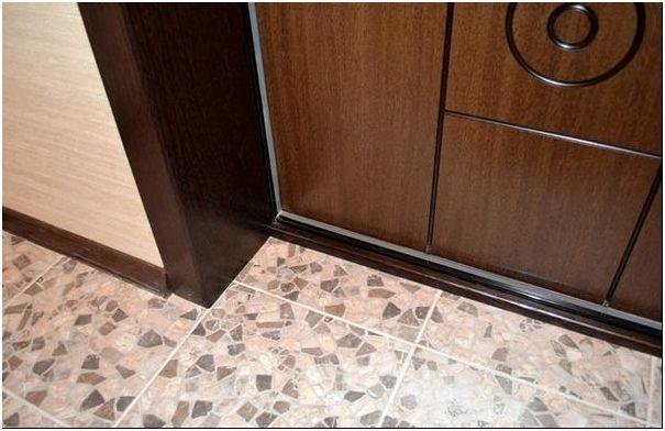 Отделка дверей панелями – вы удивитесь, как все просто!