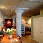 Новый светлый дизайн квартиры и старый тёмный