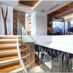 Роскошный интерьер двухуровневой квартиры clifton view от компании antoni associates, кейптаун, юар