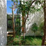 Элегантный дизайн великолепного семейного дома с роскошным садом
