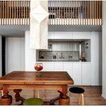 Стильный интерьер двухуровневой квартиры: уютное своеобразие