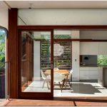 Светлый и уютный современный особняк в сиднее, австралия — northbridge house ii от roth architects