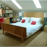 7 Действенных способов по обустройству на чердаке уютной спальни
