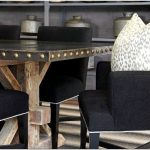 Оформление интерьера гостиной и столовой от студии brooke wagner design, малибу, сша
