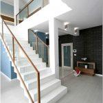 Дизайн двухуровневой квартиры: привет скандинавскому стилю