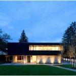 Оригинальная архитектурная компоновка и дизайн интерьера в частном доме point grey