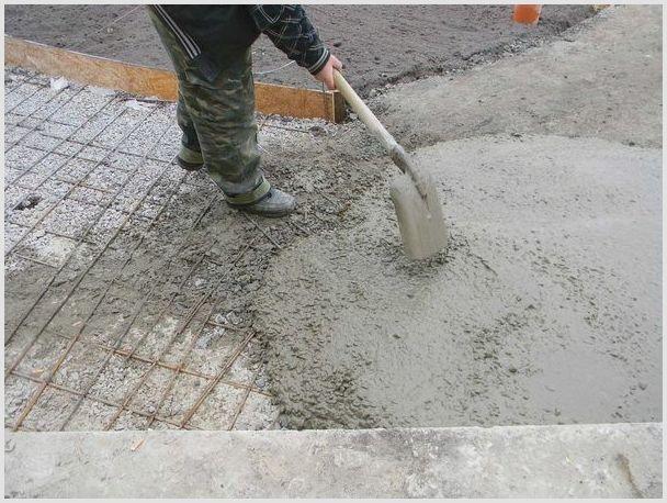 заливка бетона для фундамента