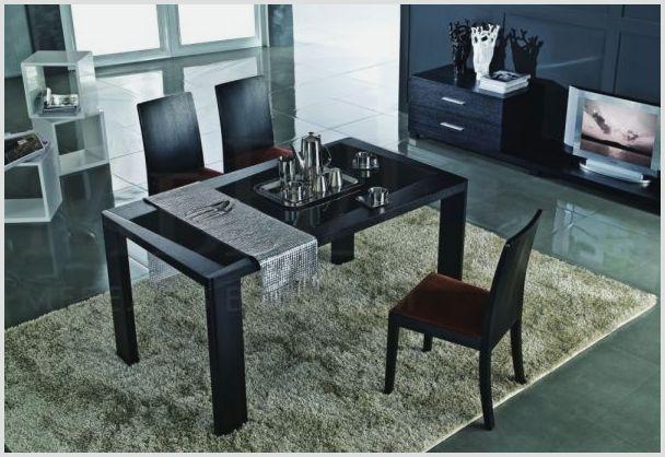 Дизайнерский обеденный стол из дерева со стульями