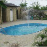 Что лучше фонтан или бассейн для дачного участка?