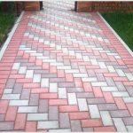 Какими достоинствами обладает тротуарная плитка