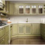 Почему кухня на заказ лучше, чем готовый кухонный гарнитур?