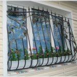 Кованые решетки – защита от воров или украшение фасада?
