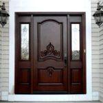 Чем привлекают элитные двери