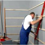 Как крепить стеновые панели?