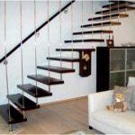 Лестницы на больцах и их преимущество