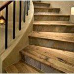 Почему для отделки бетонных лестниц стоит отдать предпочтение дереву?