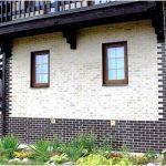 Как обшить эффектно фасад дома без нагрузки на фундамент?