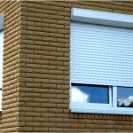 Как роллеты на окна помогают экономить?
