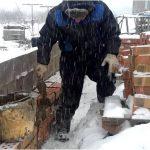 Зимний раствор на практике: правила кладки кирпича в зимних условиях
