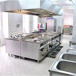 Холодильные столы в общественном питании — для чего они нужны на кухне общественного питания