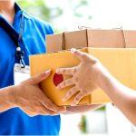 На основании каких характеристик выбирать курьерскую компанию и отправлять посылки по более низкой цене?